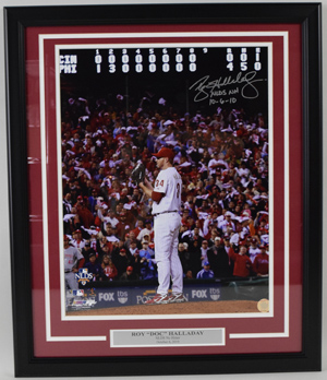 Roy%20Halladay%20%22NH%2010%2D6%2D10%22%20Signed%20Photo%20%28framed%29