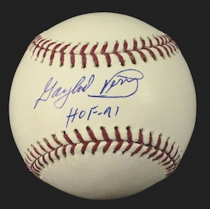 Gaylord%20Perry%20single%20signed%20ball%20with%20HOF%20inscription