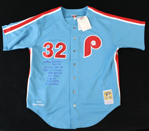 Steve%20Carlton%20signed%20Mitchell%20%26%20Ness%20Philadelphia%20Phillies%20throwback%20jersey%20with%20stats