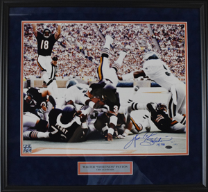 %2AWalter%20%22Sweetness%22%20Payton%20Signed%2016%22x20%22%20Photograph%20%28framed%29