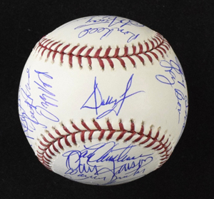 %2A1980%20Phillies%20World%20Champs%20Reunion%20Team%20Signed%20ball