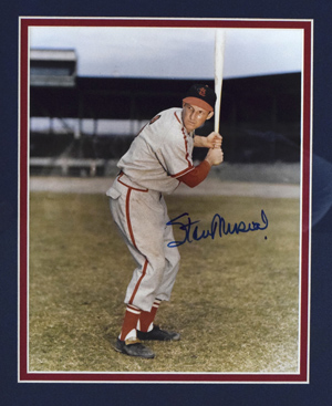 Stan%20Musial%20Signed%208%22x10%22%20Photograph%20%28framed%29